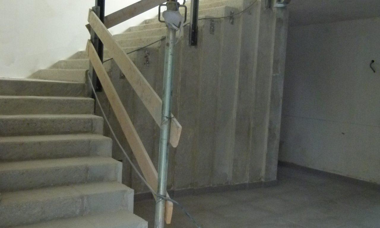 Scala continua in cemento resina