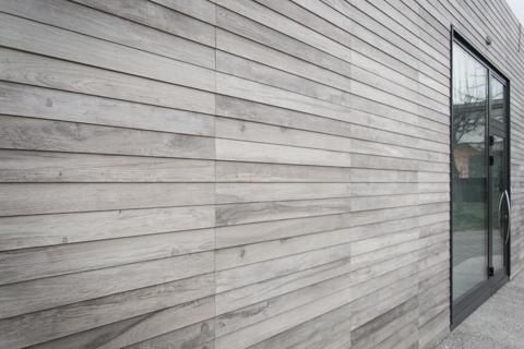 Rivestimenti per esterno in legno case cambia volto alla tua casa