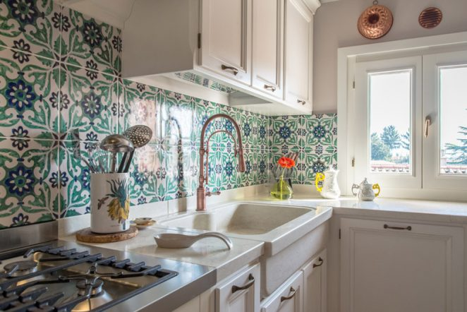 Una cucina sincera morosin ceramiche - Piastrelle vietri cucina ...
