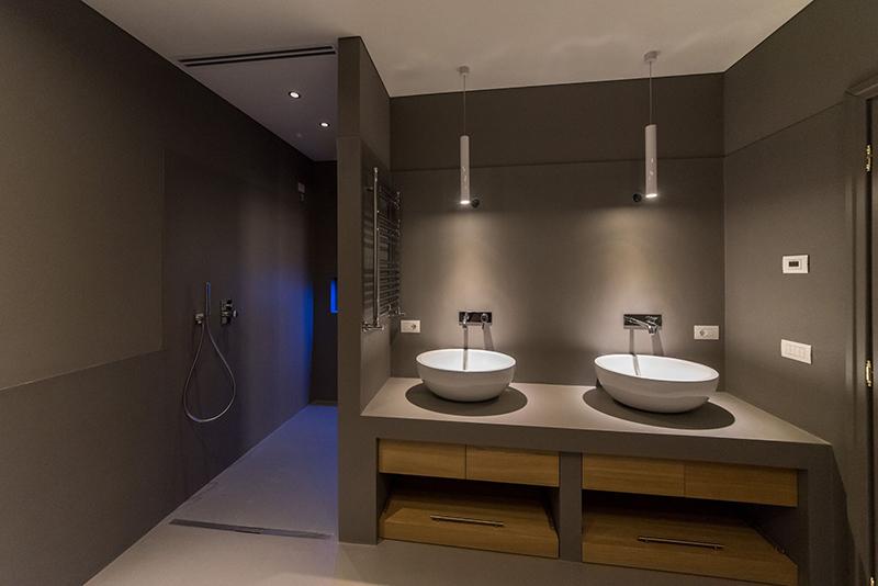 Resina total decor per il bagno morosin ceramiche for Resina per bagno
